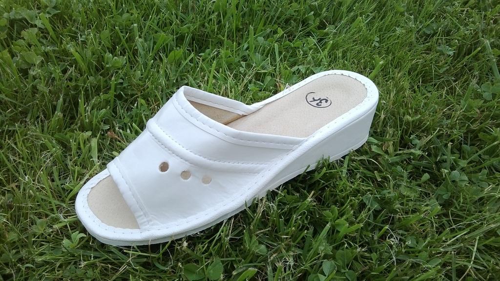 031-40  Обувь домашняя  (цвет белый)