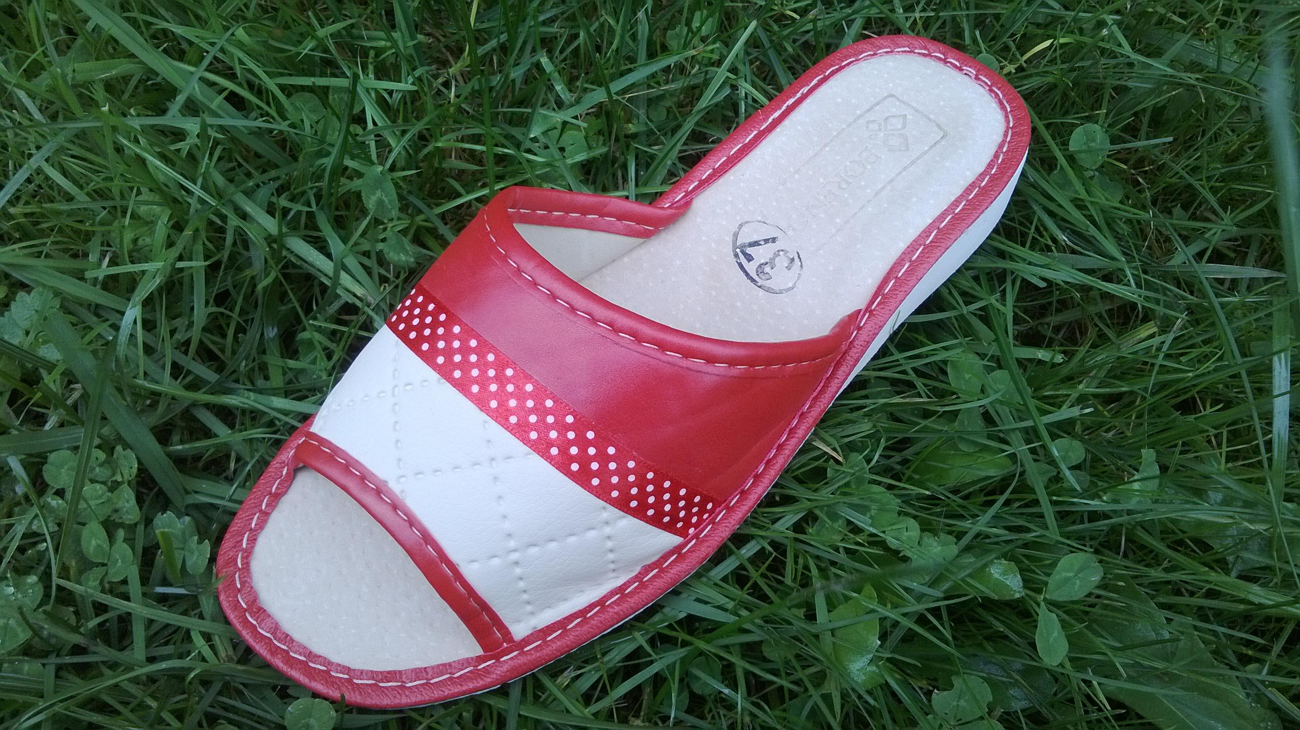 112 Обувь домашняя