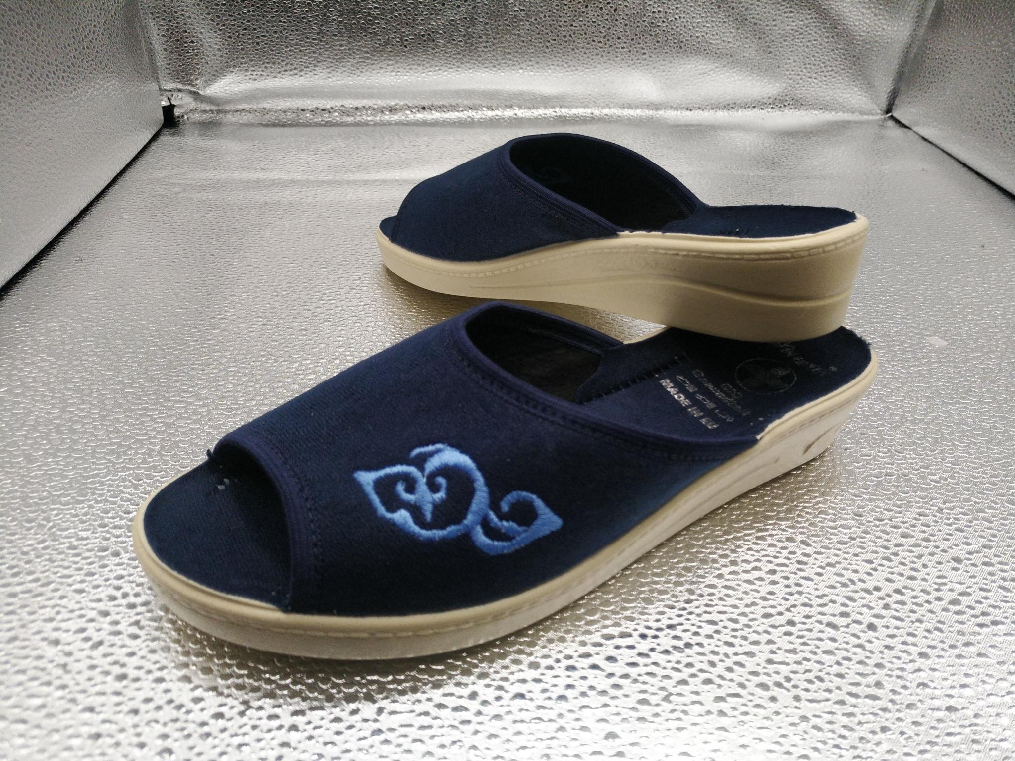 153-38  Обувь домашняя (без гарантии выбора цвета)
